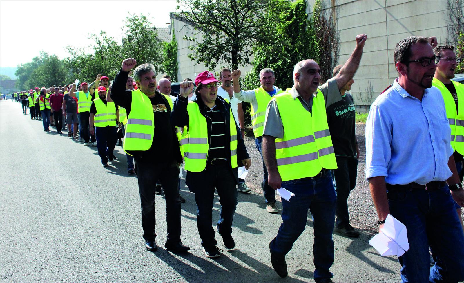 Ig Metall Und Neue Halberg Guss Gmbh Verhandeln Demonstration Der